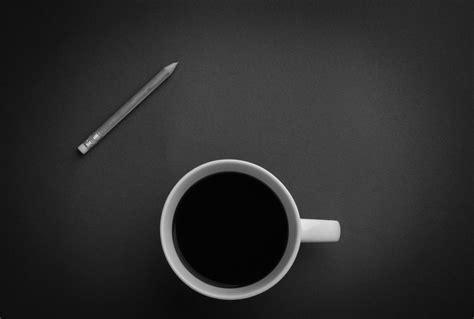gambar pensil kopi hitam  putih cangkir  hitam