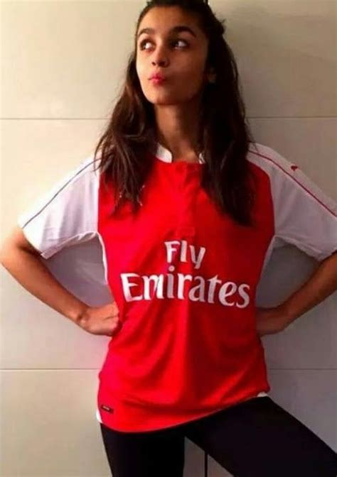 arsenal quora which celebs support arsenal quora