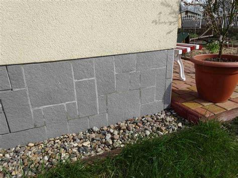 Steine Streichen by Sockelputz Verputzen Ausbessern Erneuern Bauen De