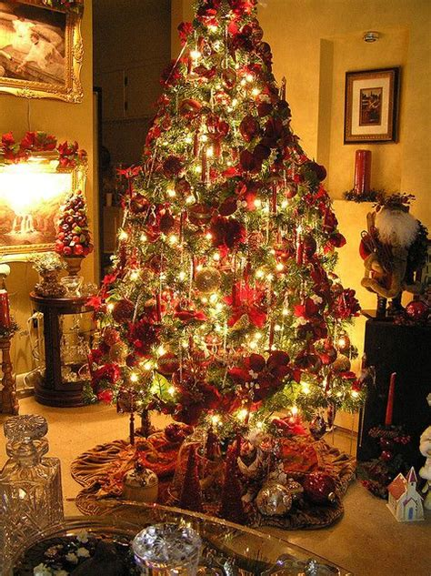 christmas tree decorated whith words 17 best images about beautiful trees on trees green and