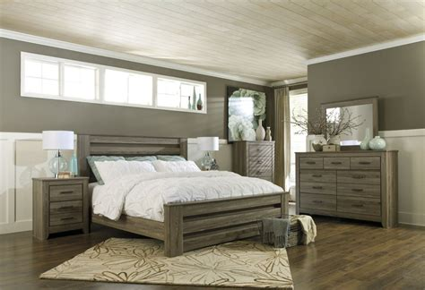 4pc Poster Bedroom Set In Warm Gray Grey Wood Furniture Plank Bedroom Furniture