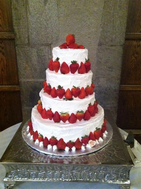Hochzeitstorte Erdbeer by Strawberry Shortcake Wedding Cake It S My Wedding I Can