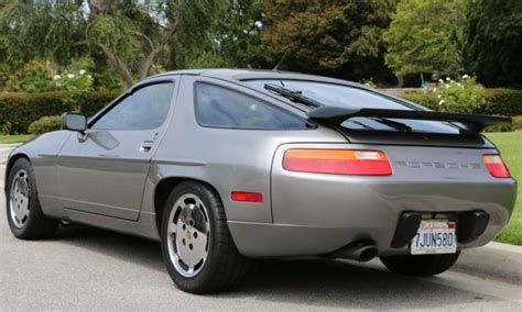 1989 porsche 928 dark green rwd used auto 121500 km buy for 22800 price in toronto find used 1989 porsche 928 in paso robles california united states for us 17 300 00