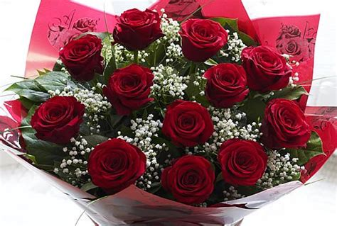 send flowers on valentines day why do we send flowers and chocolates on s day