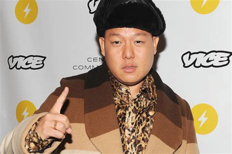 watch fresh off the boat eng sub fresh off the boat creator doesn t watch the sitcom