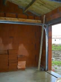 montage de notre porte de garage sectionnelle vend 244 me