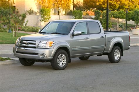 toyota tundra 2004 toyota tundra reviews and rating motor trend