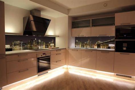 coprire piastrelle con resina pannelli per coprire piastrelle cucina casa con mattonelle