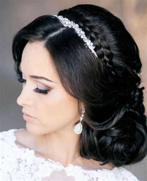 Bridal Hairstyles For Hair With Tiara by Wedding Hairstyle For Medium Hair