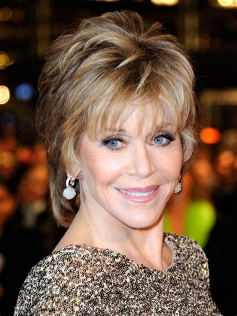 fonda 1970 s hairstyle the 5 most flattering haircuts for women in their 70s and
