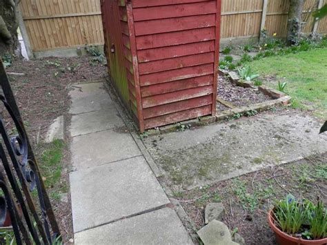 Shed On Paving Slabs by Lay Paving Slabs For Shed Base 10 X10 Build Small R