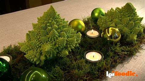candele verdi d 233 cor di natale candele corteccia e pino