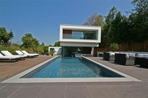 Surrey Oxted Contemporary Home In Surrey England