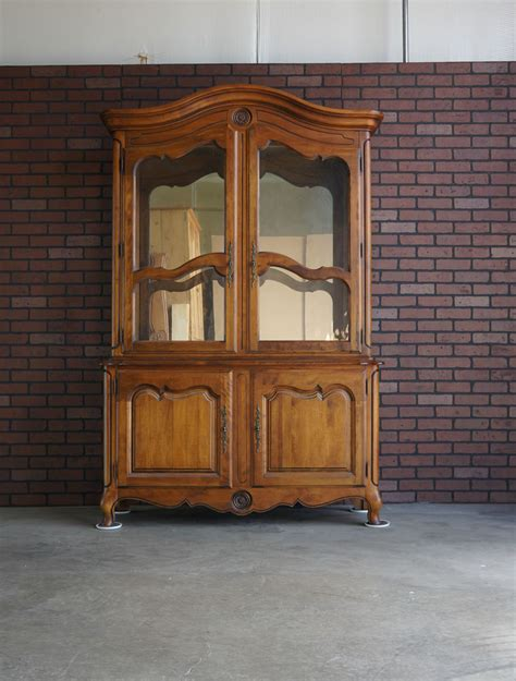 Country China Cabinet Hutch by China Hutch China Cabinet Country Hutch By