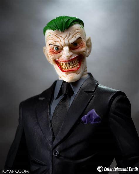 Mainan Figure Designer Series Greg Capullo The Joker survival gear batman dc collectibles capullo designer