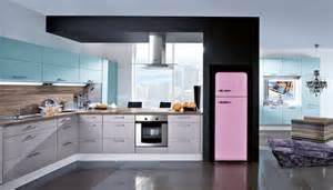 un frigo pas comme les autres dans ma cuisine smeg