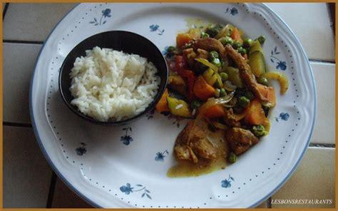 cuisiner au wok 駘ectrique 201 minc 201 de poulet et l 201 gumes au wok les bons restaurants