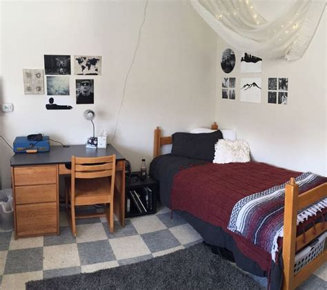 Dorm Room Ideas Make A Wallpaper Out Of Photos Posters | best 25 guy dorm ideas on pinterest guys college dorms