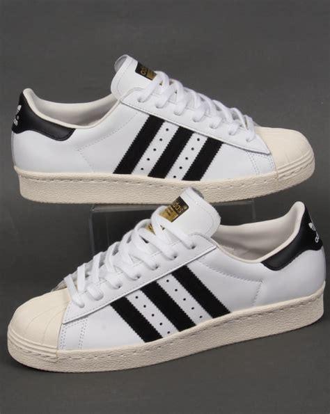 Sepatu Casual Santai Sport Adidas Superstar White adidas superstar 80s trainers white black originals shell toe shoe