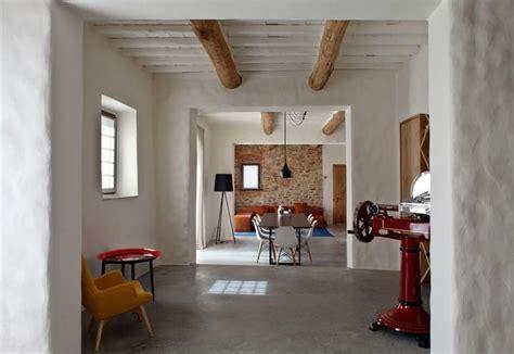 casali ristrutturati interni pi 249 di 25 fantastiche idee su arredamento casale di