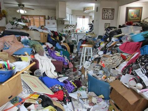 how to clean a hoarder room salem experts tapped for hoarders episode