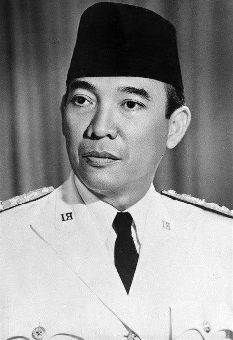 biografi soekarno biografi presiden soekarno singkat dan lengkap