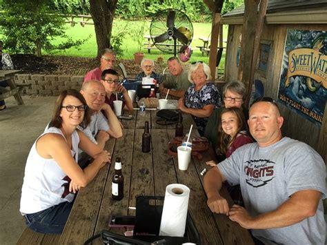 pass time fish house passtime fish house tavern jeffersontown omd 246 men om restauranger tripadvisor