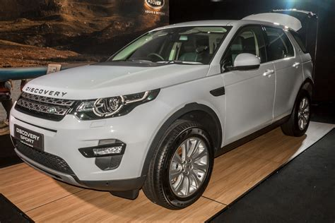 land rover malaysia jaguar land rover malaysia previews the discovery