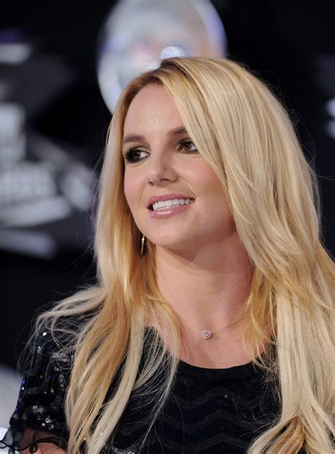 britney tankard hair style britney spears layered cut britney spears hair looks