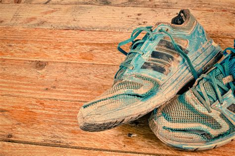cleaning running shoes how to clean your running shoes properly best running shoes