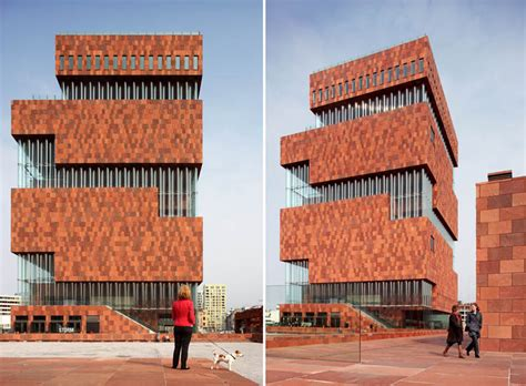 filip dujardin take a live tour of the gorgeous museum in antwerp