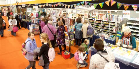knitting and sewing show harrogate knitting stitching show gets crafty