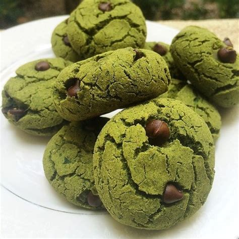 protein 1 cup spinach mint chocolate chip protein cookies steam 2 cups spinach