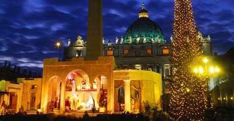 christmas decorations in italy facts tree st peters squarest peters basilica pictures history of