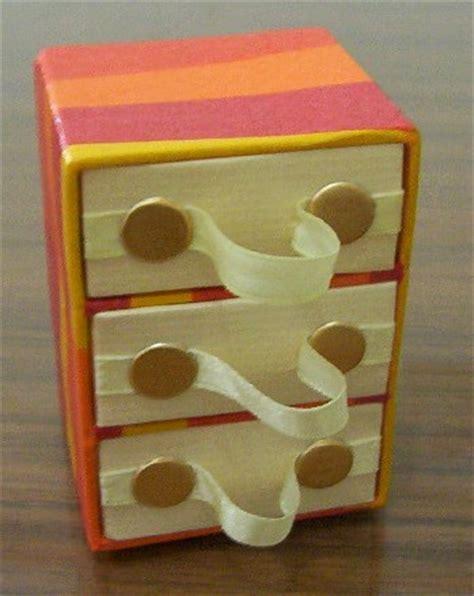 membuat rak mini dari bahan kardus bekas craftmania laci tarik dari kardus bekas
