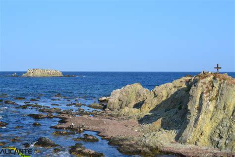 la isla de la tabarca la isla paradis 237 aca de la costa blanca descubriendo alicantedescubriendo alicante