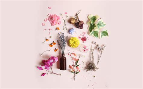 design love fest calendar lip lock april desktop wallpapers fresh looks for your