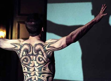 red dragon tattoo umea die drei muscheln review roter drache altes neu