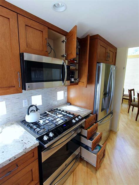 u shaped kitchen transitional kitchen twin companies san clemente transitional brown u shaped kitchen remodel