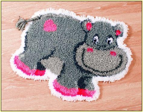 Disney Latch Hook Rugs - latch hook rug kits disney home decor