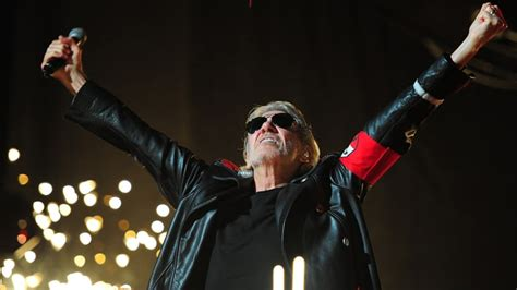 comfortably numb sopranos roger waters talks new wall film floyd tour with