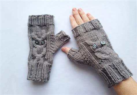 knitting pattern owl fingerless gloves owl gloves