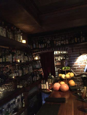 bathtub gin hours bathtub gin and co seattle all you need to know