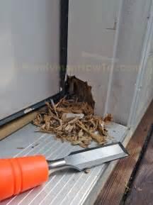 Door Jamb Replacement by The 25 Best Door Frame Repair Ideas On Window