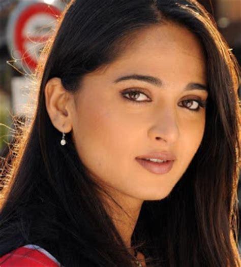 hindi heroine biodata telugu actress heroine anushka profile and bio