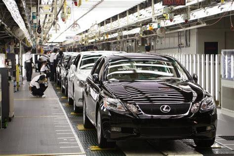 Toyota Delhi Showroom Lexus Has To Be Unique To Survive In India President