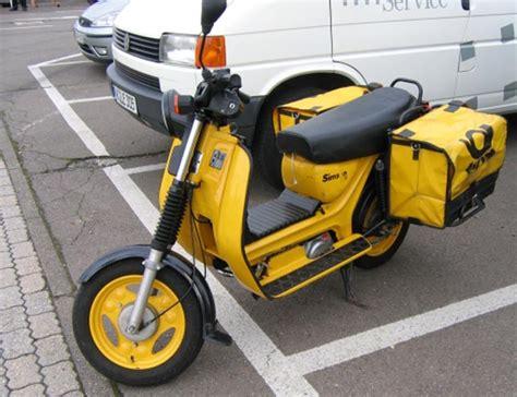 Moped Kunststoffteile Lackieren by Postmoped De Motorisierte Zweir 228 Der Im Dienst Der