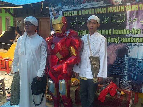 Paket 4x90 000 Baju Celana Nama Nomer menyewakan kostum ironman 7 di toko adhie rental daerah spotsewa
