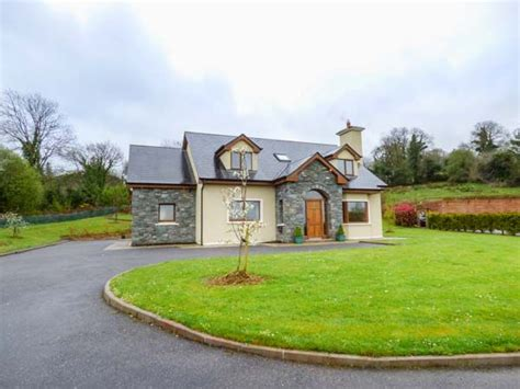 serah currow county kerry killarney self catering