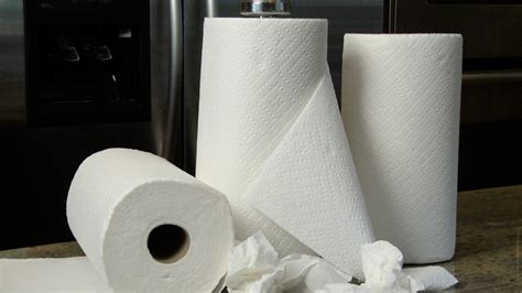 How To Make Paper Towel - how to use a paper towel